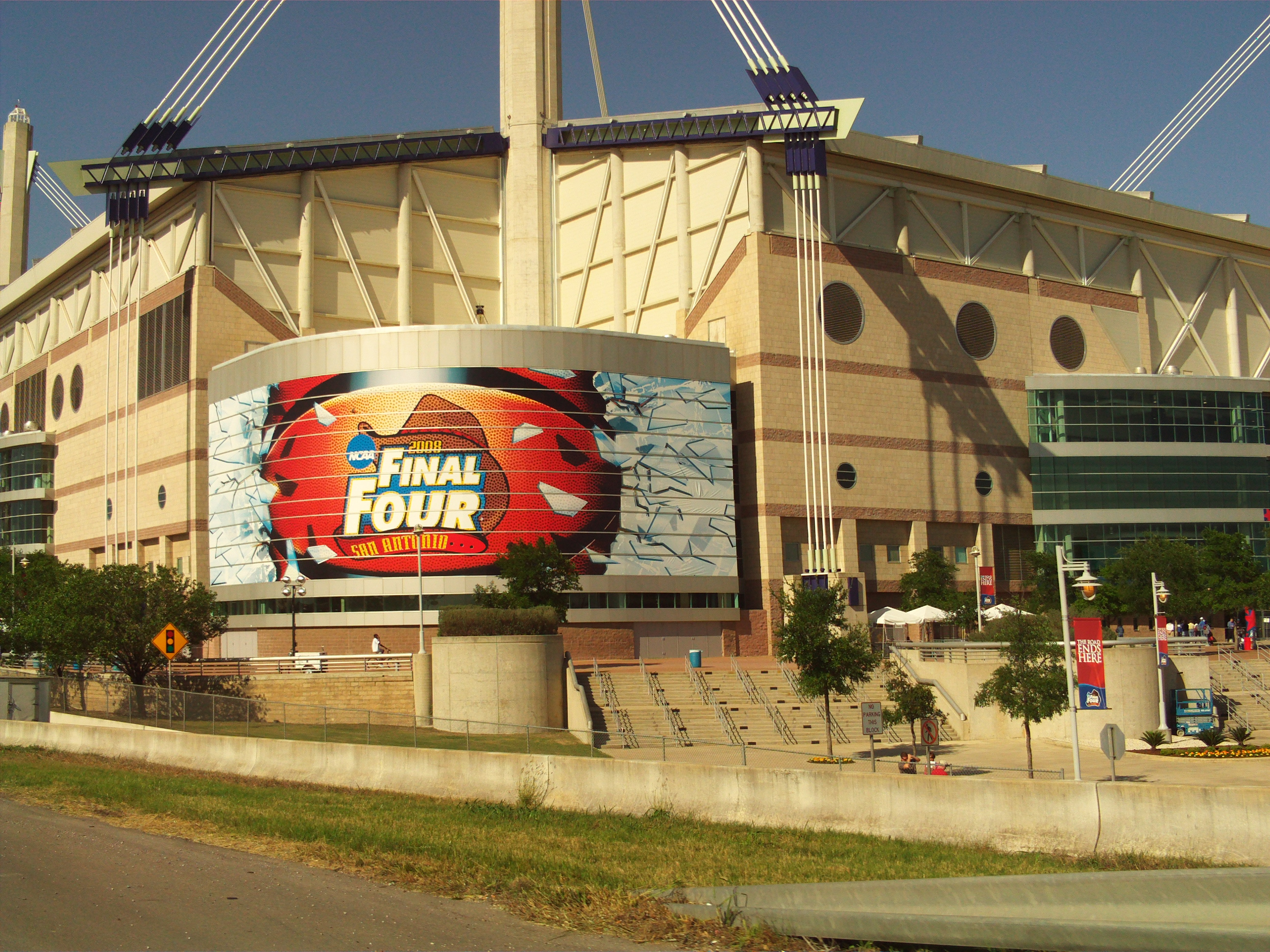 The Alamo Dome before the Final Four